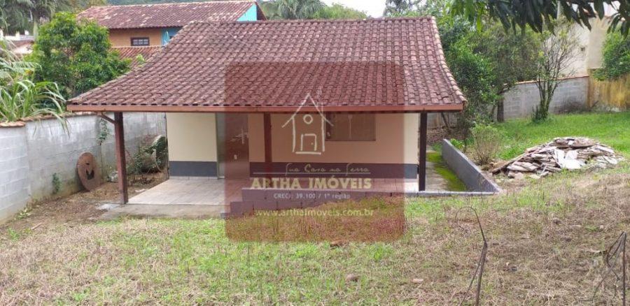 Casa simples nova em local tranquilo próximo ao centro de Lumiar e de poços de banho de rio