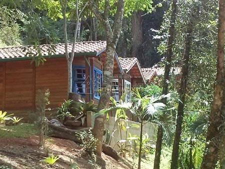 Pousada com 5 chales, casa sede piscina em local tranquilo e reservado(OPORTUNIDADE)