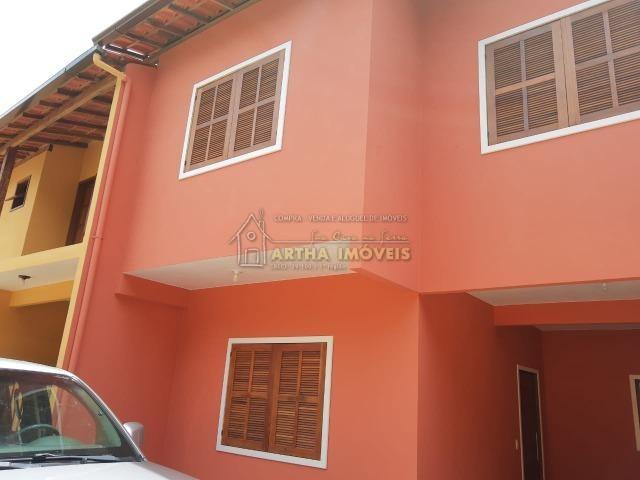 Oportunidade Vende casa no centro de Lumiar casa arejada, ensolarada, aconchegante e em local tranquilo com excelente vizinhança.