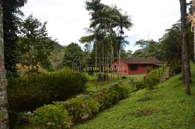 Vende maravilhoso sitio Muri com excelente localização, 1 km da rodovia com casa boa 3 nascente e riacho
