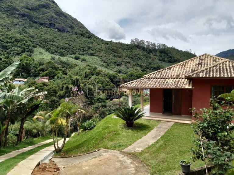 Aluga Casa mobiliada São Pedro  nova com linda vista mobiliada, com 3 quartos, estacionamento