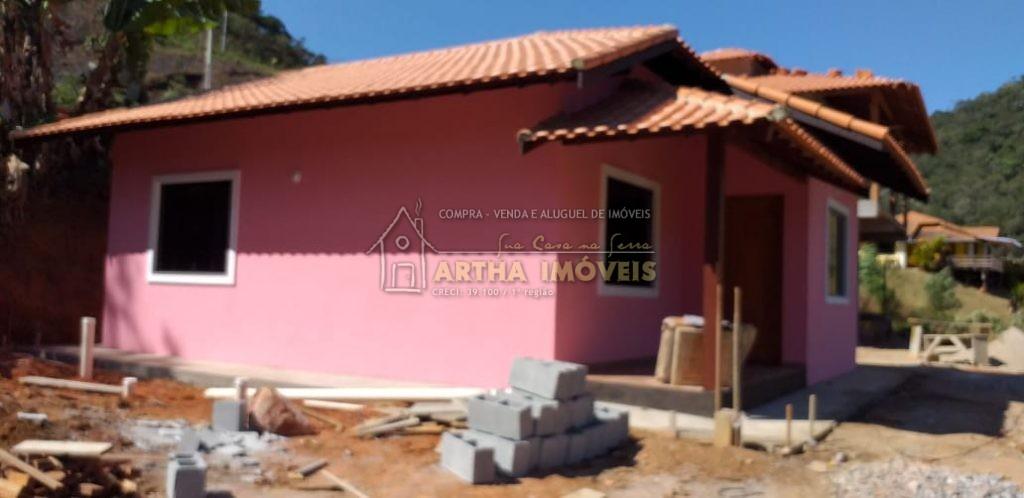Alugo casa 1ª locação São Pedro com 2 quartos sendo um suite, pertinho do centro e de ponto de ônibus, linda vista